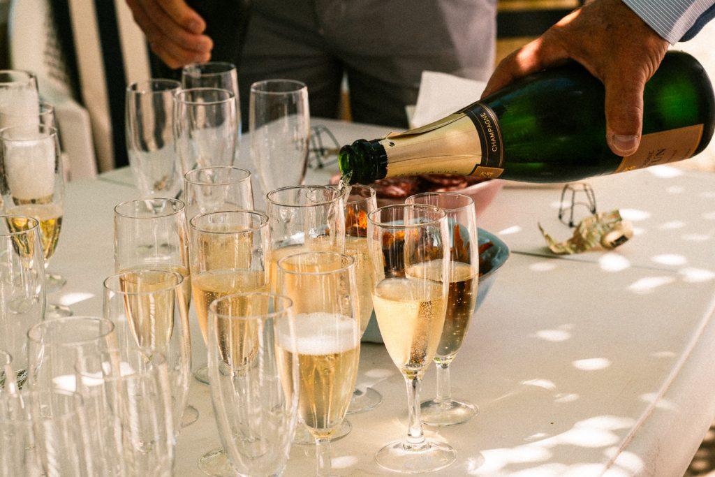 Flute de champagne jour d'été Mariage