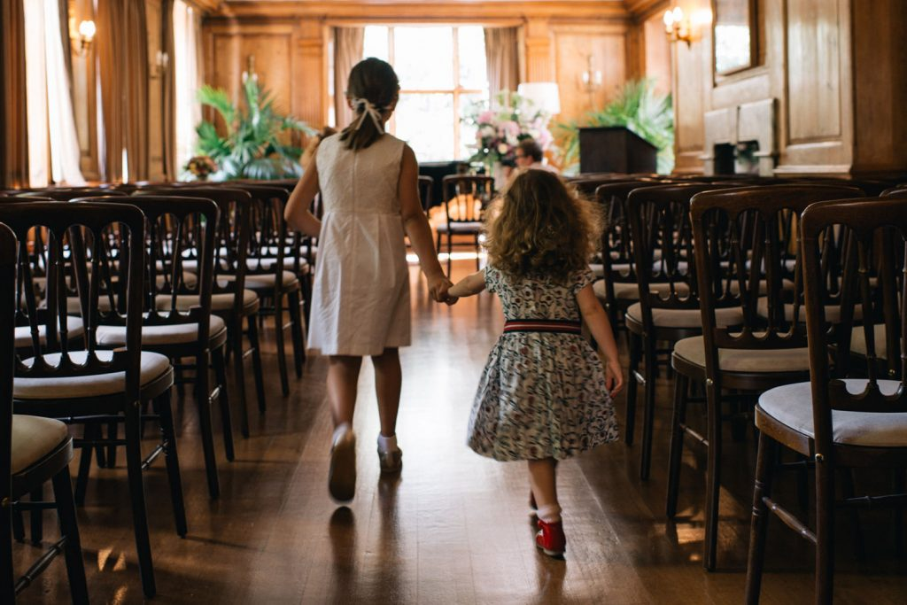 Flower girls in the register